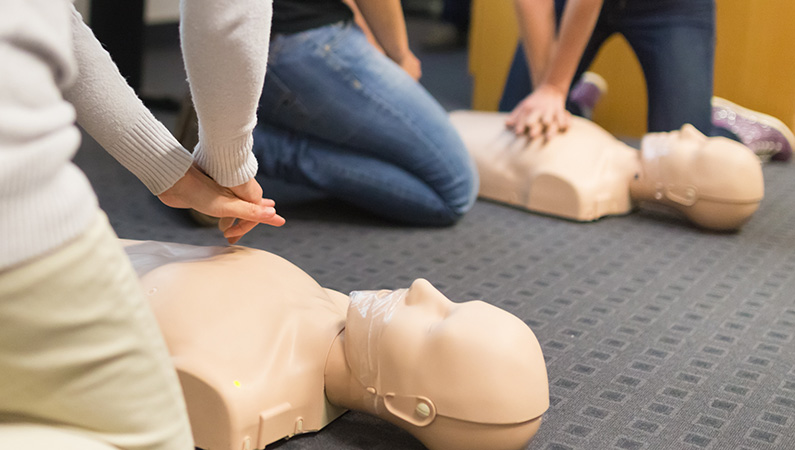 CPR-for-Babies,-Children-and-Adults